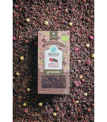 Granola de cacao y frambuesa